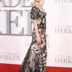 Dakota Johnson Goes Full On Dark Romance In Alexander Mcqueen Vogue