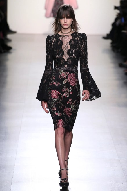 https://i2.wp.com/assets.vogue.com/photos/589cf75db9850c497688e262/master/pass/TADA_1031.jpg?resize=438%2C657 Best Looks from Day 2 of New York Fashion ( NYFW )