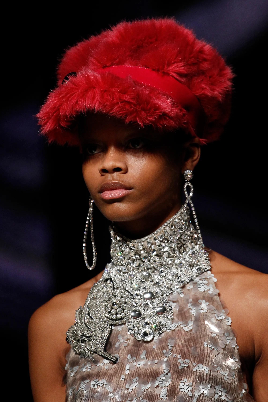 2017 Fall Winter Hat Trends - Blush Magazine c1cac3beff75
