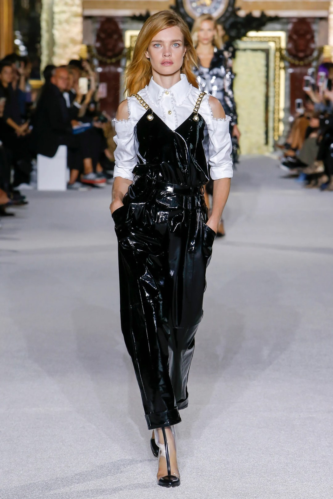 FULL COLLECTION: BALMAIN SPRING 2018 READY-TO-WEAR Haute Couture   #Runway #Fashion #Style #Couture #FashionWeek #RenttheR unway #ad #RTW @Balmain   via @FashionWeekPro ? FashionWeek.pro