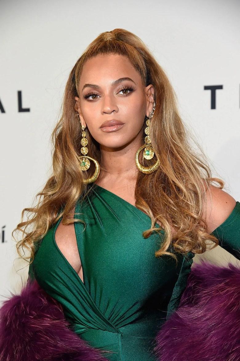 Who Bit Beyoncé? The Internet Demands to Know | Vogue