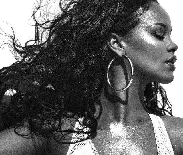 Rihannas Vogue Cover The Singer On Body Image Turning  And Staying Real No Matter What Vogue