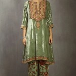 14 Luxurious Velvet Kurtas To Consider For Diwali And Other Winter Festive Events Vogue India