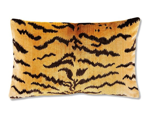 the house of scalamandre animal pillow cover