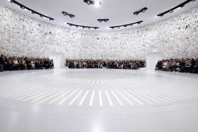 Dior Couture Autumn-Winter 2014-15 Fashion Show at Musee Rodin | Yellowtrace