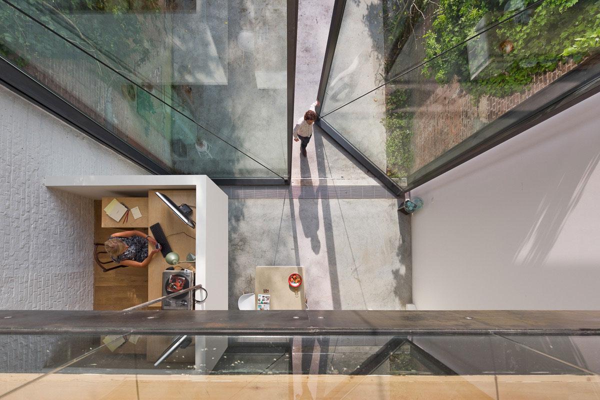 Sculp It Antwerp Home Features World S Largest Pivot Door