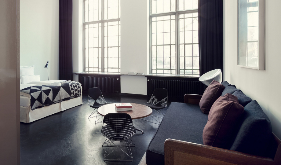 le corbusier furniture and interiors