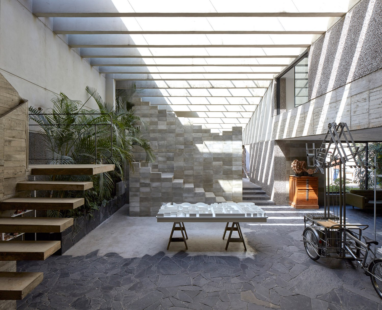 Brutalist Home Amp Studio Of Mexican Sculptor Pedro Reyes