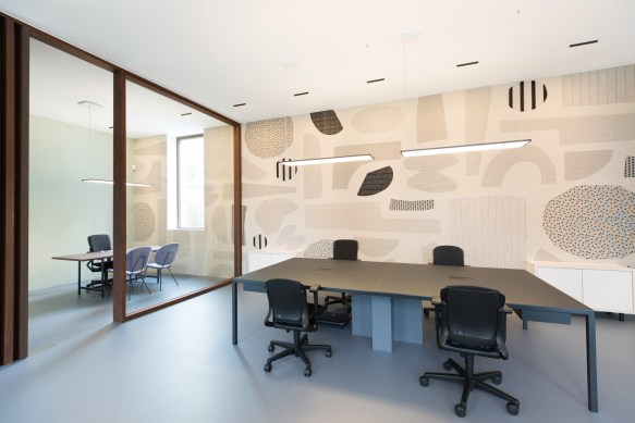 Bridgevest Office by Studio Tomorrow Set in a Renovated Historic Building in Rotterdam | Yellowtrace