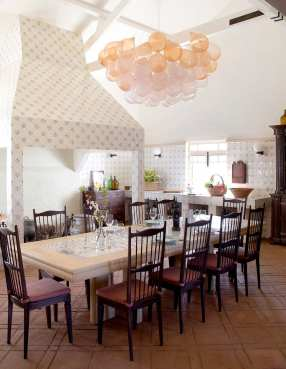 Quinta da Corte: 200-Year-Old Winery in Portugal Transformed Into a Hotel by Pierre Yovanovich | Yellowtrace