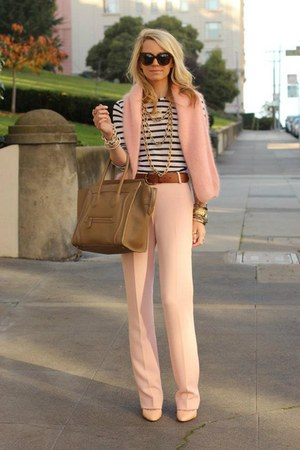 Light Brown Bags Light Pink Sweaters Gold Necklaces