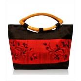 black-fashion-handbag