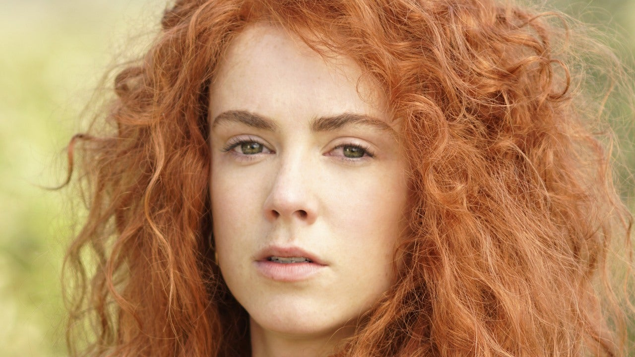 Once Upon A Time Amy Manson Reveals The Brave Twist That