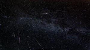 A glowing meteor shower from Lyrida starts tomorrow.  Here's how to watch it