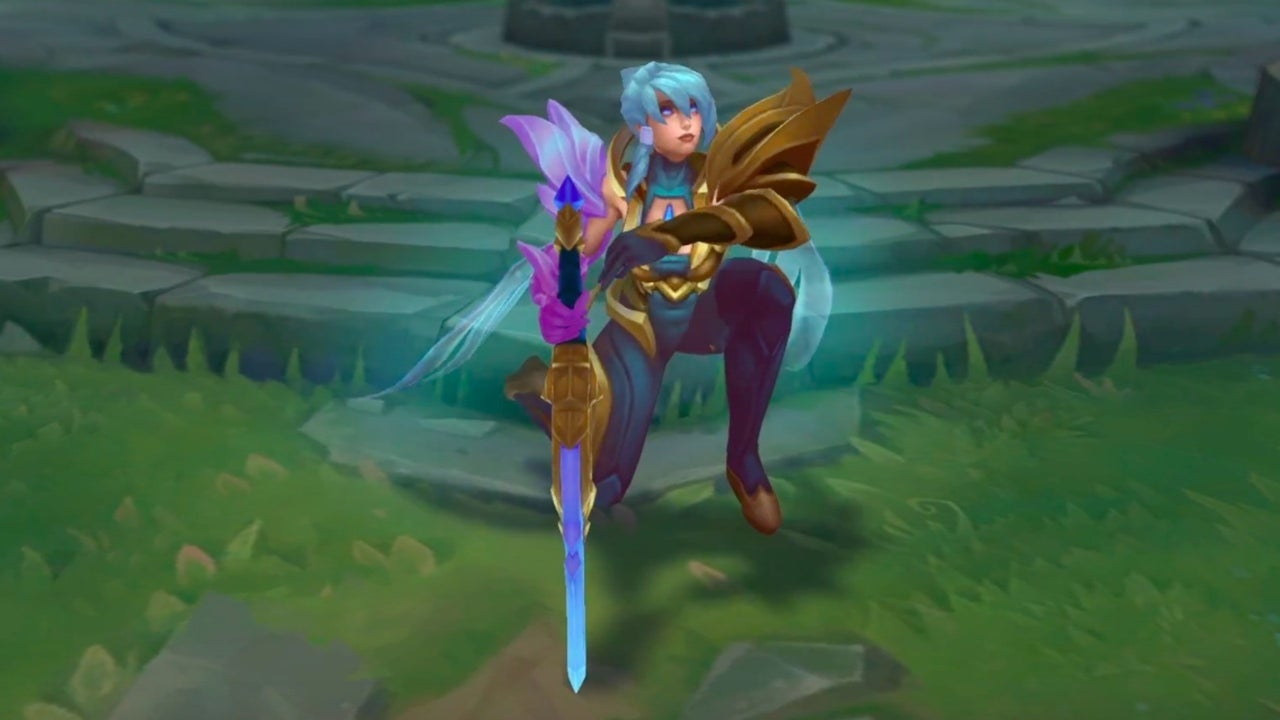 League Of Legends Official Dawnbringer Riven Skin Trailer