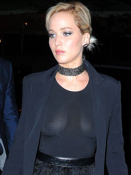 Jennifer Lawrence suffers wardrobe malfunction at