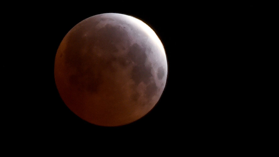 Moon_red_eclipse__