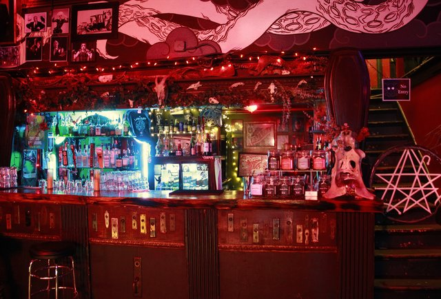 21 Best Theme Bars In America Thrillist