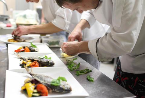 Time Saving Kitchen Tricks From Line Cooks Thrillist