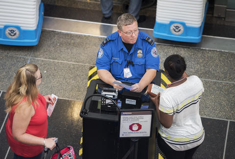 TSA To Stop Accepting Drivers License From Some States