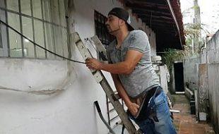 Dando uma esculachada na vizinha safadinha