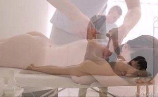 Vídeo porno novinha virgem transando pela primeira vez