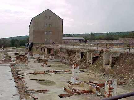 Buchenwald07RuineBlock