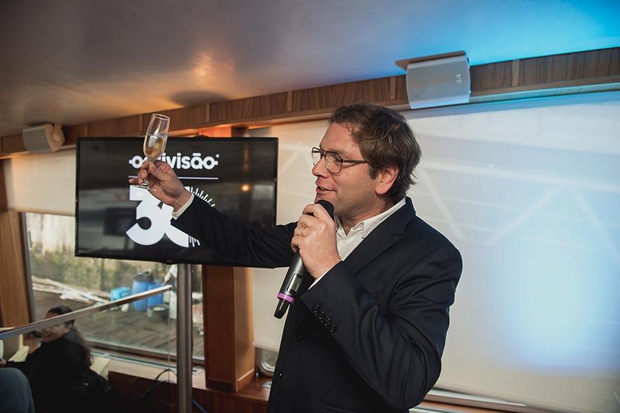 Rede de franchising Optivisão celebra 30º aniversário