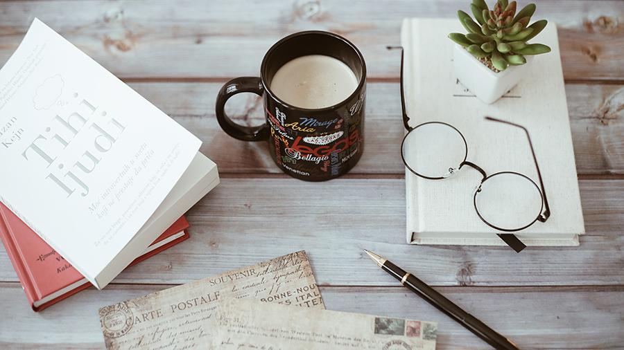 PLUG MORE lança formação em Escrita Criativa