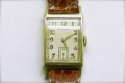mvw-401 Mens vintage Hamilton watch in 14K yellow gold