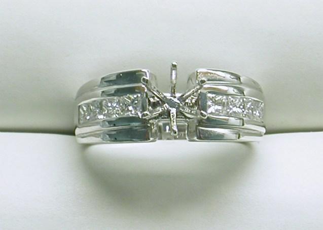 sb-2916 Wide platinum engagement ring with princess cut diamonds