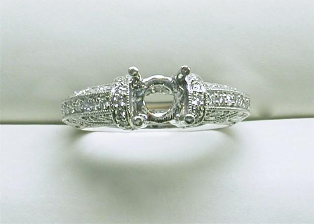 sb-2993 Vintage style platinum diamond engagement ring