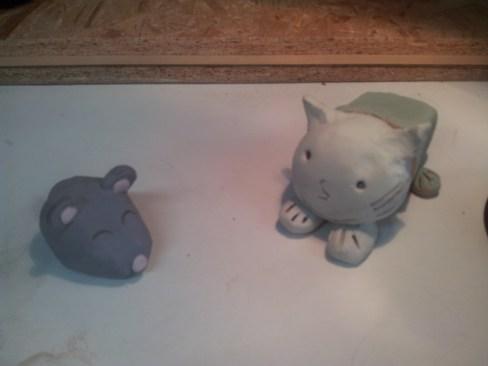 Le chat et la souris en terre avec engobe