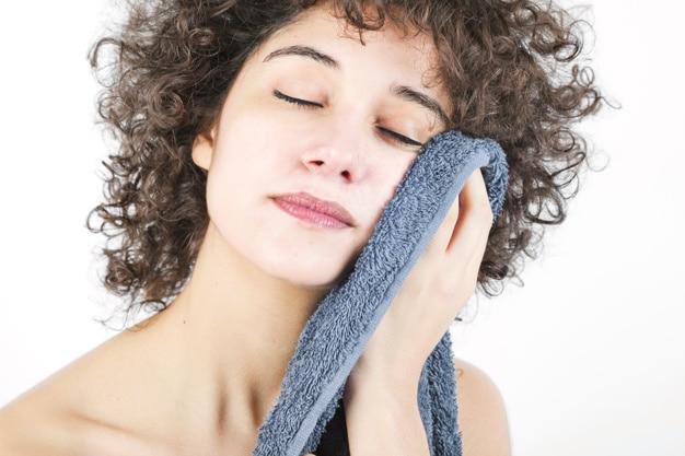 Comment apaiser l'eczéma du visage en quelque geste simple?