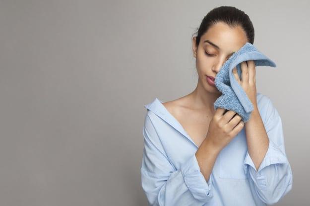 Comment se nettoyer le visage lorsque l'on souffre d'eczéma
