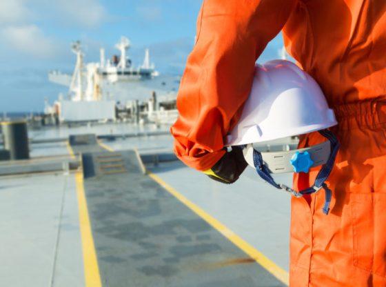Как стать моряком и работать в море?
