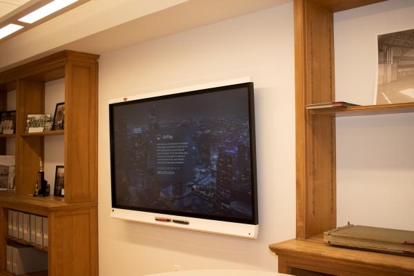 Smart Interactive Display