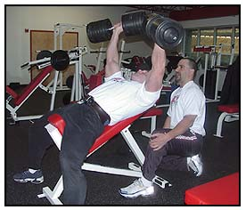 Jeff Willet Max-OT incline dumbbell bench press