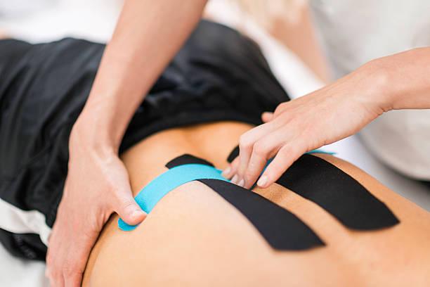szkolenie taping, ciało podczas plastrowania