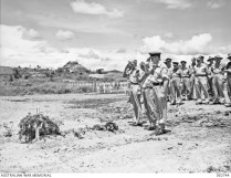 062744 1943 - C of E Ceremony for a War Correspondent Pendil Raynor