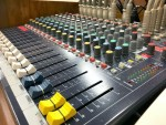 "<span class=""title"">Soundcraft EPM12のフェーダー交換失敗</span>"