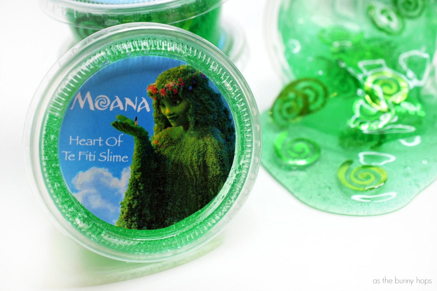 Moana Inspired Heart Of Te Fiti Slime Party Favors As The Bunny Hops