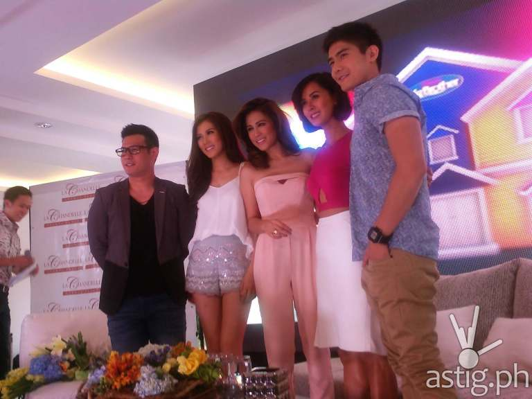 Pinoy Big Brother All In hosts John Prats, Alex Gonzaga, Toni Gonzaga, Bianca Gonzales, and Robi Domingo,