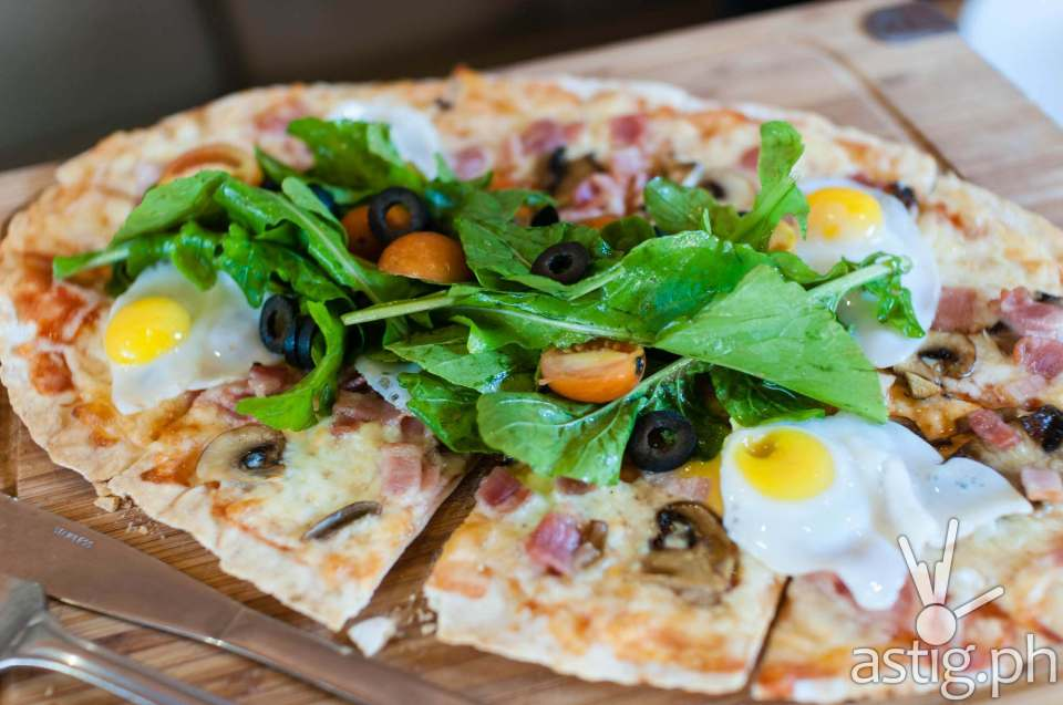 Pizza with quail eggs? Try it!