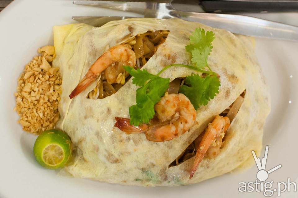 Pad Thai  (185 PHP) Sweet Chili Thai Fish & Noodle House
