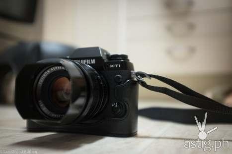 Fujifilm X-T1 mirrorless camera