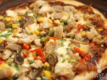 Mad for Pizza: Create your own pizza!