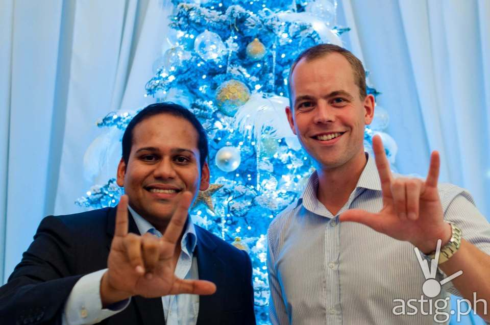 Subir Lohani, Managing Director for Carmudi Philippines (left) Erwin Sikma (Carmudi founder) doing the love hand-sign for ASTIG.PH