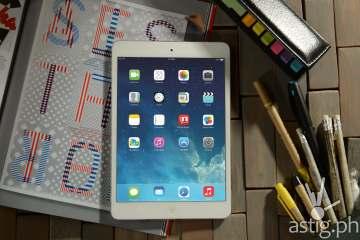iPad Mini 3 Wifi in 16gb (P17,800), 64gb (P22,000), 128gb (P26,400)