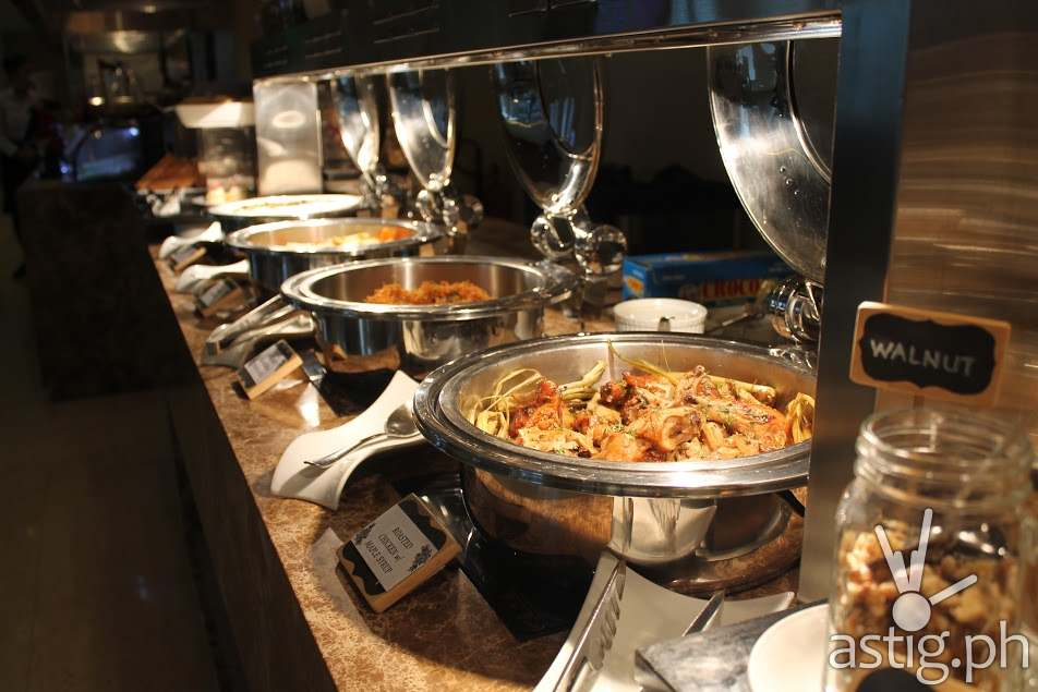 City Garden Grand Hotel Makati S Spice Cafe Lunch Buffet Opens